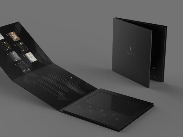 Буклет с экраном LCD